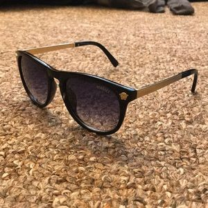 Other - Versace sunglasses